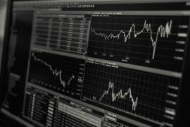 Cryptocurrencies' market cap hits record $200 billion